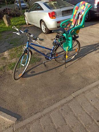 Rower uzywany co roku serwisowany w bardzo dobrym stanie.