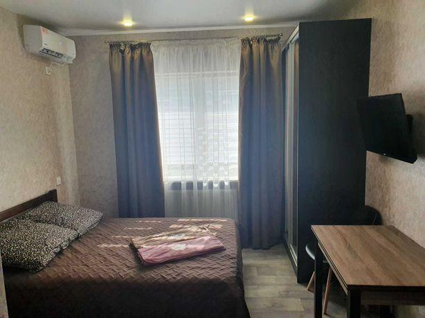Сдам посуточно 1-комнатную квартиру новострой, Центр, клиника Грищенко