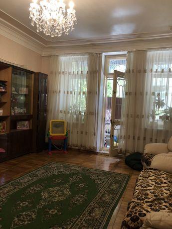 Продам 3ех комн.квартиру в центре на Пироговской