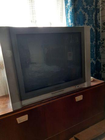 Телевизор 72 диогональ