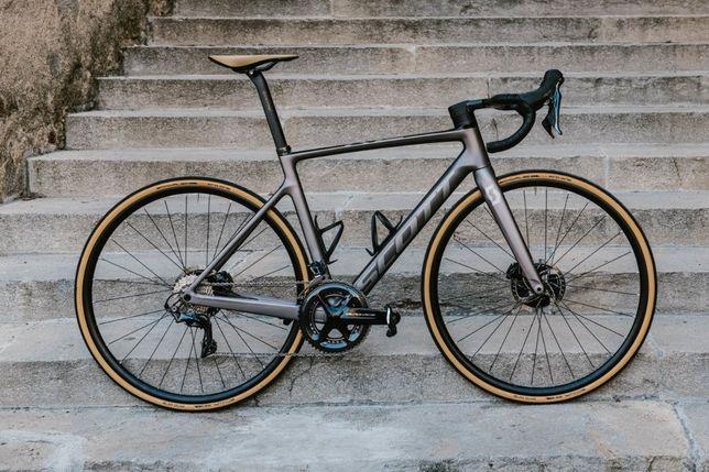 Rower Scott Addict rc 10 grey