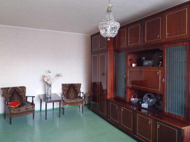 Продам 3-х комнатную квартиру, Майский рынок