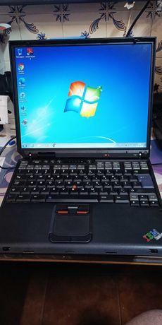 Portátil IBM Thinkpad T30