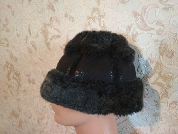 Продам детские и женские шапки