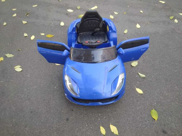 Детский электромобиль Ferrari синий (2 мотора по 18W, MP3, Bluetooth)
