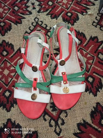 Босоніжки,сандалі жіночі 39р