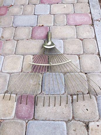 Грабли веерные , раздвижные , оцинкованные ,18 прутьев, прут 2,6 мм