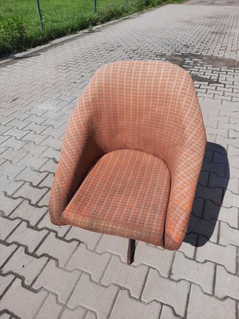 Fotel obrotowy Prl loft vintage