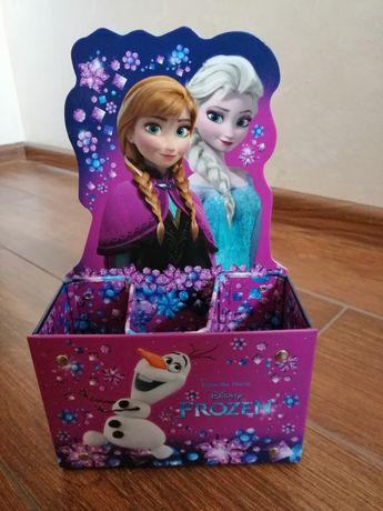 Przybornik disney frozen Anna i Elsa