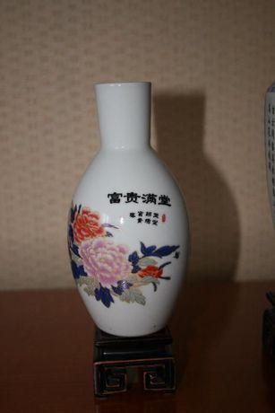 Фарфоровая китайская ваза
