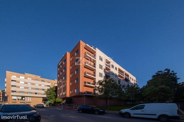 Apartamento T3 com terraço em Nogueiró