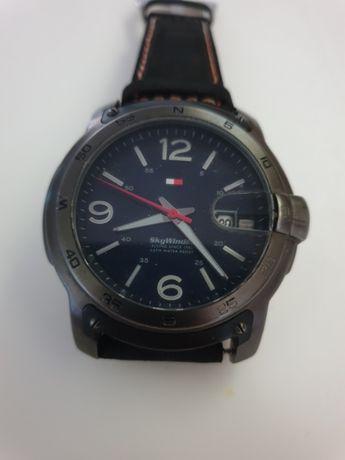 Elegante Relógio Tommy Hilfiger SkyWinder 50mm