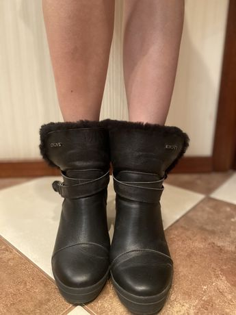 Зимние ботинки DKNY