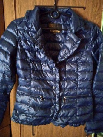 Женские вещи за 150 грн (куртка, жилетка, кофта, джинсы) + подарок