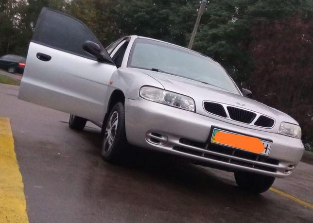 Продам автомобиль Daewoo Nubira 1998