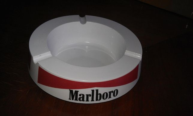 пепельница Malboro