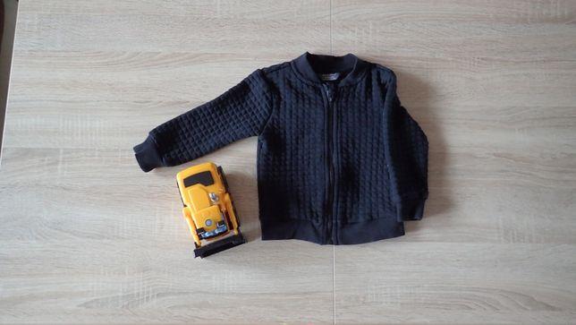 Czarna bluza dla chłopca 12 - 18 miesięcy