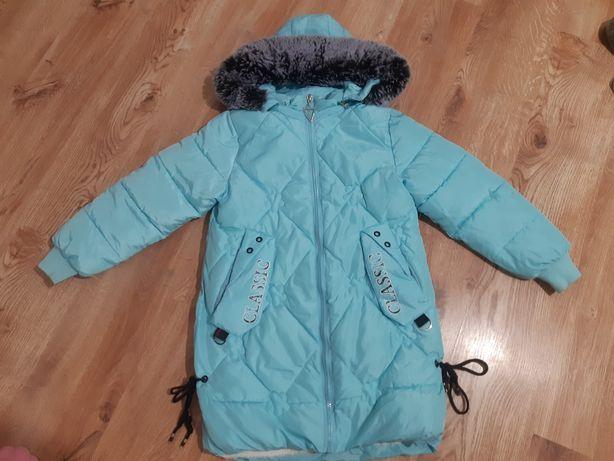 Продам зимнюю куртку на 11-12 лет