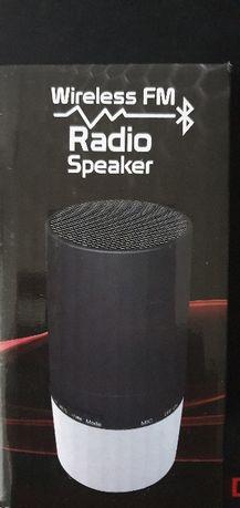 Bezprzewodowy głośnik Wireless FM Led