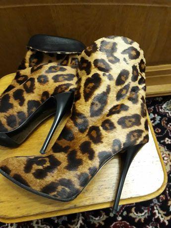Ботиночки натуральная кожа + мех пони р 38.