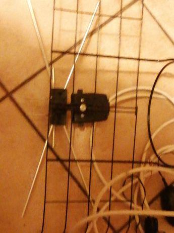 Antena pokojowa siatka z wzmaczniaczem