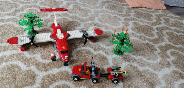 Lego city 4209 samolot strażacki