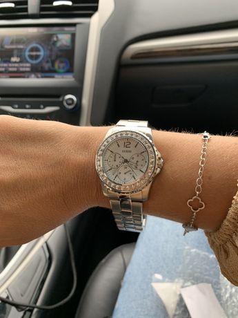 Часы Guess новые в наличии