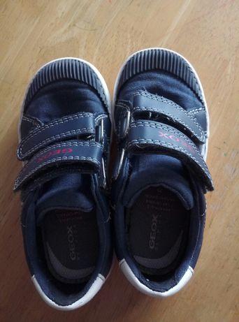 GEOX buty dziecięce rozmiar 25 stan BDB buty dla dziecka
