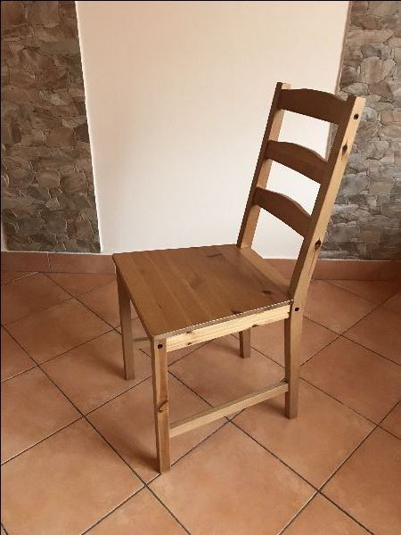 krzesło drewniane 60 szt jak nowe