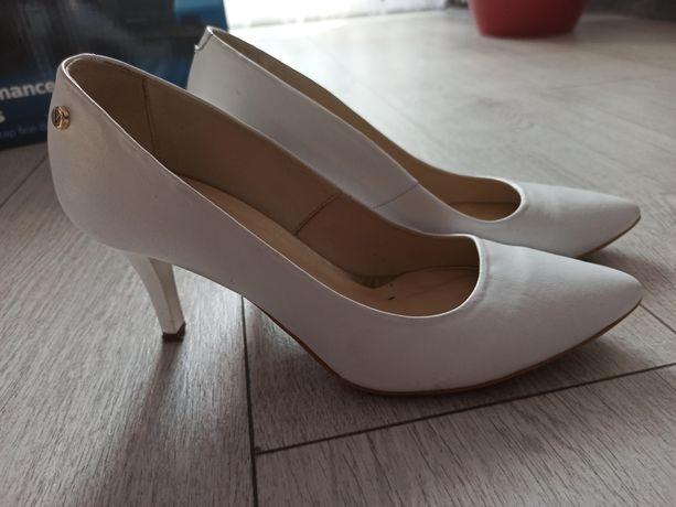 Buty czółenka skórzane, Venezia r. 38, białe, ślubne