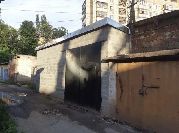 Продаю гараж/бокс в центре города на Дзержинке