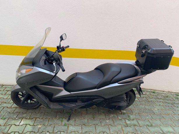 Honda NSS300 Forza 25.000 kms