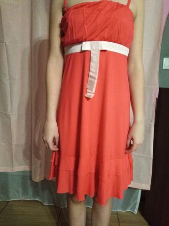Sukienka z kokardka