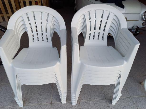 Cadeiras Jardim Brancas