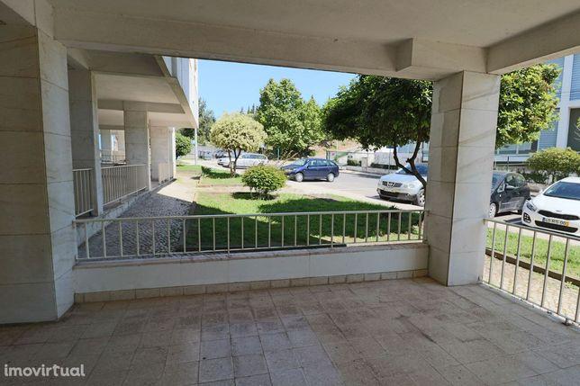 Ótimo Apartamento T2 c/Box, no Casal da Serra, Póvoa de Santa Iria