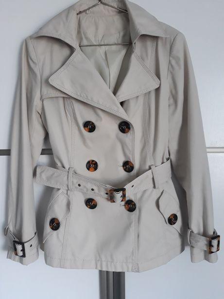 Elegancki płaszczyk 36