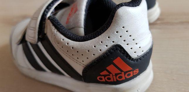 Buciki Adidas r 26