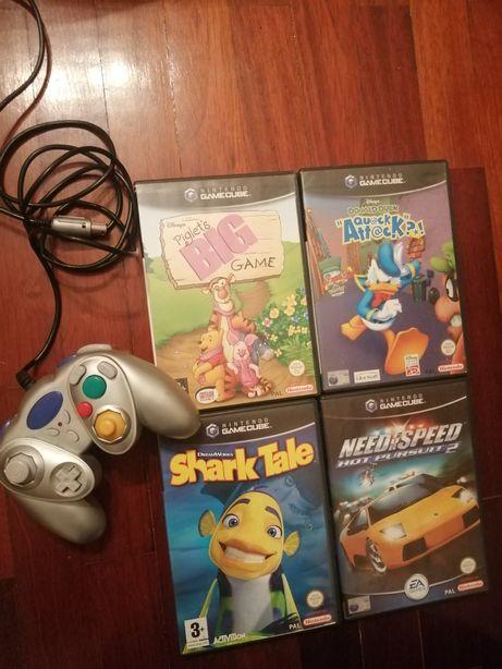 4 Jogos e Comando GameCube