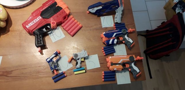 Pistolety Nerf + strzałki