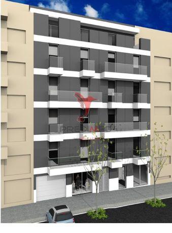 Apartamento T2 Varanda  L/Garagem ,Matosinhos Sul.