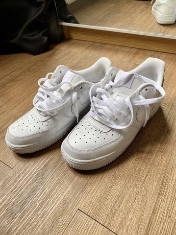 Ténis/Sapatilhas Nike AirForce 1, número 41