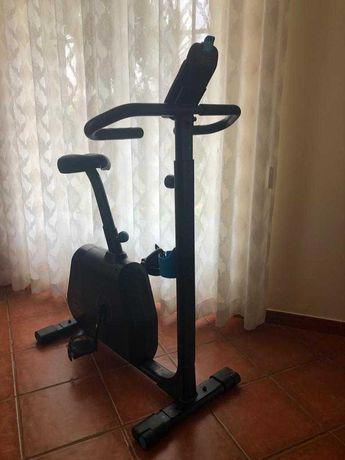 Bicicleta Estática como Nova