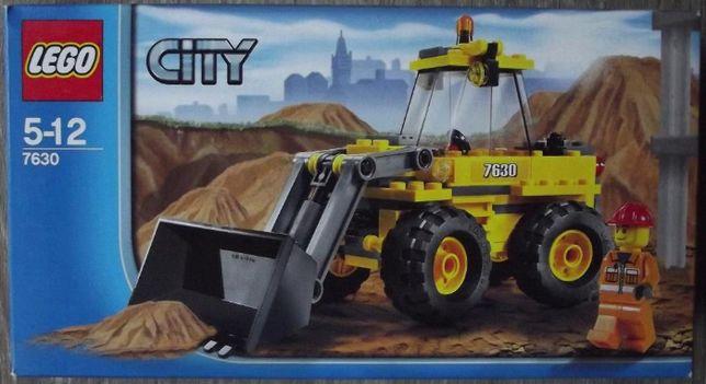 LEGO CITY 7630 - mała koparka - kompletny