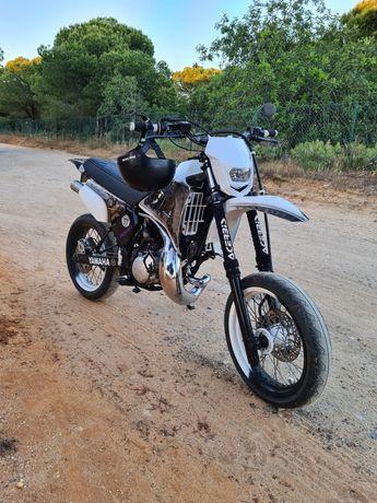 Yamaha dtr 125 supermotard