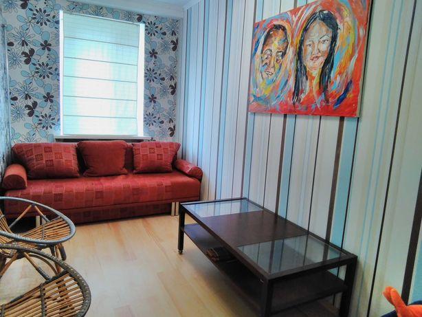 Продажа 2-х ком центр с евроремонтом с мебелью и техникой