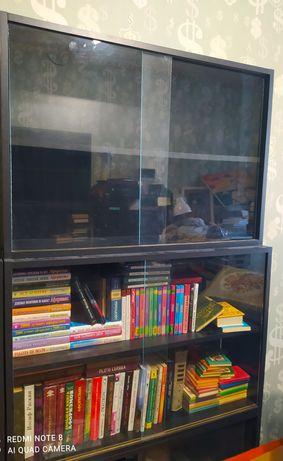 Полки деревянные с стеклом