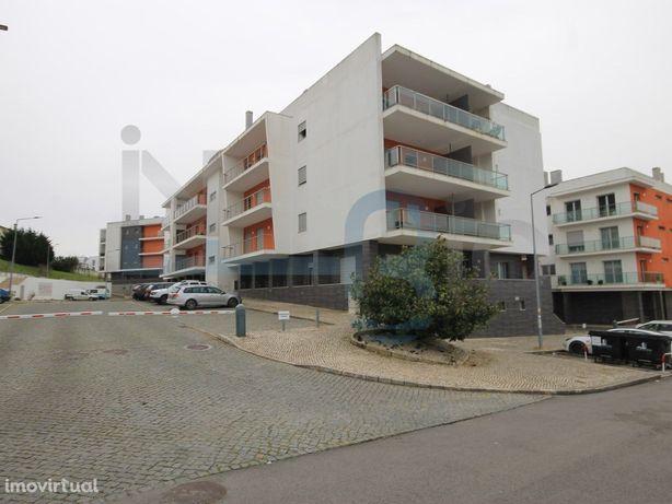 Apartamento T3 - Caldas da Rainha - 2 Lugares de Garagem