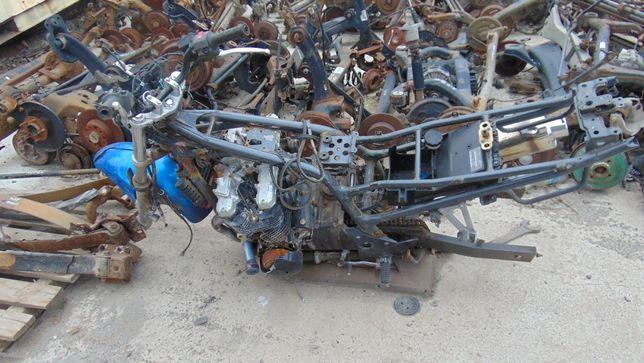 Mar#Kawasaki ZR750 uszkodzony-na czesci z papierami