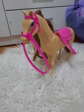 Koń Barbie z włosami