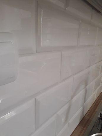 Płytki - biała cegiełka